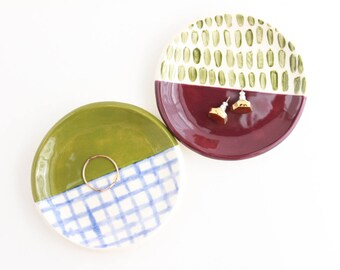 Jewelry Organizer Display, Ceramic Ring Dish, Geometric Gift for Her under 30, Trinket Dish, Ring Holder, Jewelry Storage, Grid Pattern Dish