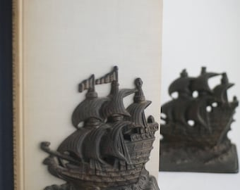 Vintage ships weathered brass bookends, nautical themed decor, heavy metal bookends