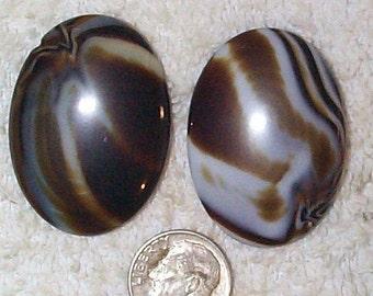Rare Vintage Givre Caramel Oval Glass Stones