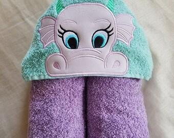 Kids Hooded Towel,Dragon Girl Hooded Towel,Child's Hooded Towel,Personalized Kids Hooded Towel,Hooded Bath Towel,Kids Gift,Kids Dragon Towel