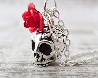 Silver Skull Necklace, Skull with Red Rose, Skull Necklace with Black Rose, Gothic Wedding Necklace, Skull Head Jewelry, Gothic Jewelry