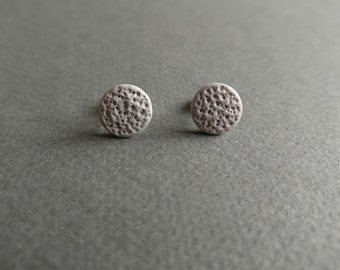 The Moon 2. Stud earrings.
