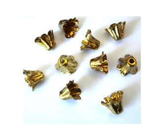 6 flower beads, gold color metal, vintage, 7mm leaf height, you can change the gesture of the leaves