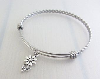 Daisy Flower Charm Stainless Steel Bangle, Silver Daisy Charm Bracelet, Flower Bangle, Stackable Bracelet, Gardeners Gift, Nature Plant Gift