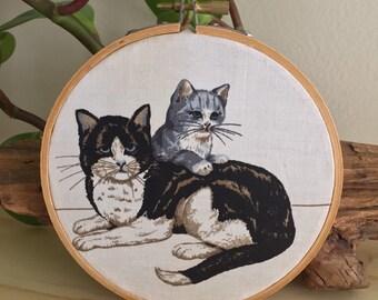 Vintage Cat & Kitten Print Hoop Wall Art Small