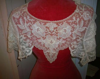 Antique lace collar  capelet cotton net embroidery with ruffles 1920s
