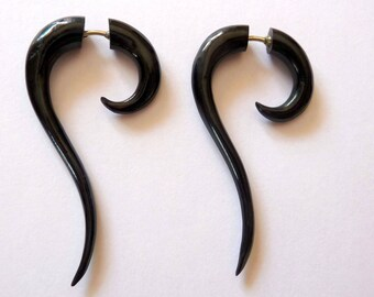 Pair of fake gauge earrings earrings piercing ethnic Buffalo Horn