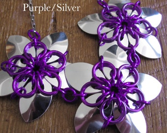 Reversible Scale Maille Flower Necklace, Anodized Aluminum Chainmaille Flower Necklace