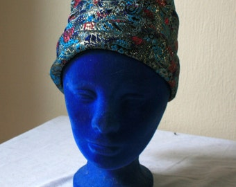 1960s womens lame paisley turban Union made blue fuschia gold
