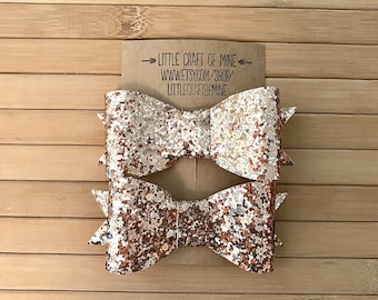 Handmade hair bow clips (choice of 5 colors and different sizes)