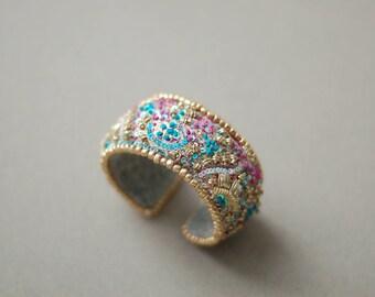 Bracelet femme perles, manchette de broderie, bracelet de perle broderie textile