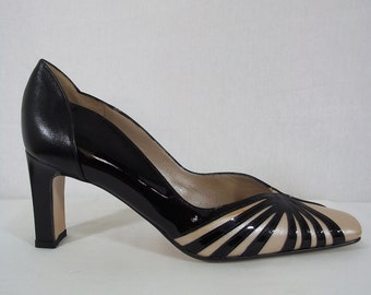 Vintage 1970's - 'Renata' Black Patent Leather High Heeled Shoes with Cream Pearlised & Black Detailing - Made in Italy - UK Size 4