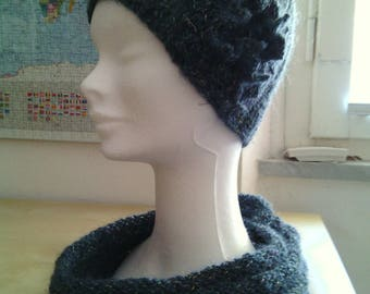 Complete wool for women's hat and neck crochet hand made with flower crochet snood Grey elegant Blue