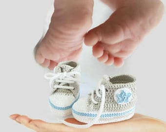 Crochet gray blue baby boy shoes, Blue shoes boy, Boys shoes, Baby boys, Crochet shoes, Crochet baby shoes, Baby boy shoes, Shoes baby boys