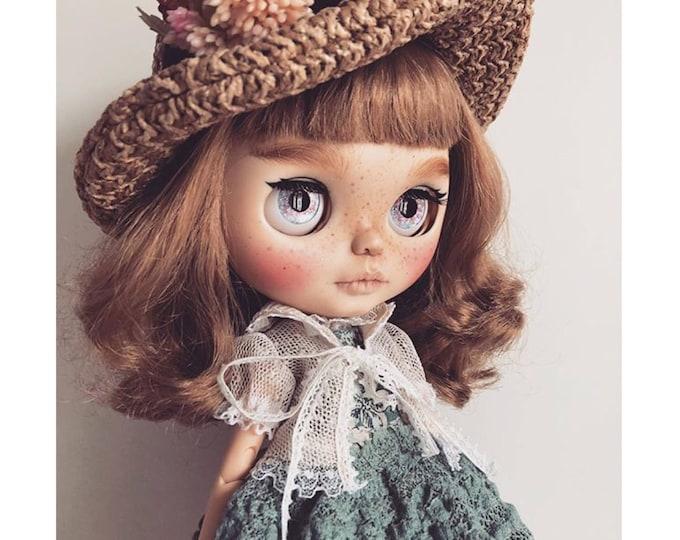 Danielle – OOAK Blythe Custom Blythe Blythe Custom Doll Artdoll blythecustom