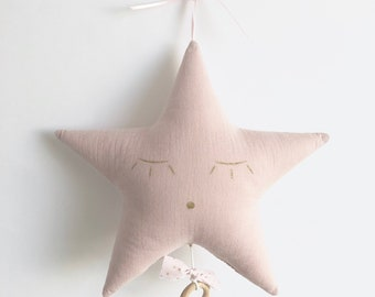 Mobile Musical star in pink cotton gauze and pale pink with gold dots - music - box a star in my cabin