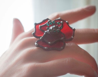 Flower Glass Ring, poppy ring, Red Flower Ring, poppy jewelry, signet ring, floral ring, nature ring, carved shell flowers, stained glass