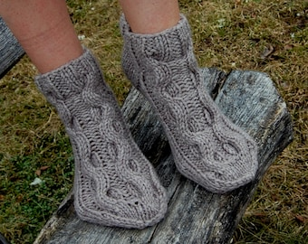 Cable Knit Wool Slipper Socks, Knit Chunky Slipper Socks, Cable Knit Slipper Booties, Gripper Socks, Knit Indoor Clogs,  Christmas Gift