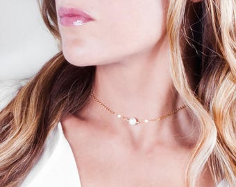 Gold Pearl Choker, Gold Filled Pearl Necklace, Single Pearl Choker, Bridal Necklace, Minimal Choker Chain Necklace, Layering Gold Necklace