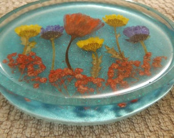 Blue soap dish with real pressed flowers