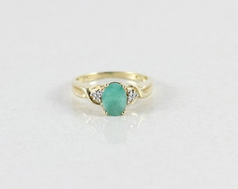 10k Yellow Gold Natural Emerald Ring with diamonds Size 7 1/2