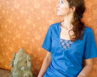 tunique bleue à manches courtes, coton bio teint à l'indigo naturel