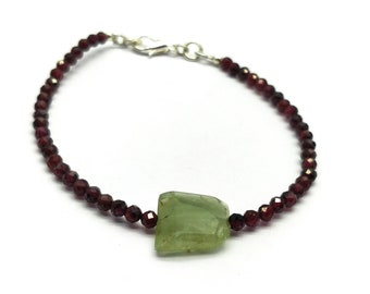Natural Garnet With Aquamarine 3-12 mm Rondelle,fancy Shape Faceted Beaded Bracelet 7 inch With Silver Filled Lock.