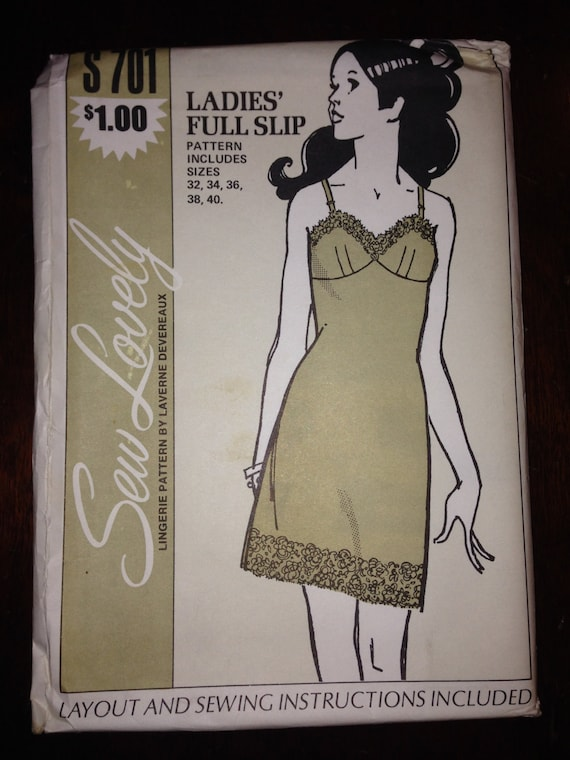 Sew Lovely Sewing Pattern 701 Ladies Lingerie Full Slip Undergarments Size 32-40 70s Uncut