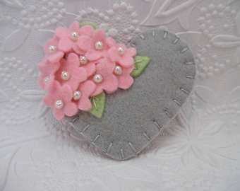 Felt Flower Brooch Mothers Day Beaded Heart Pink Gray Wool  Flowers