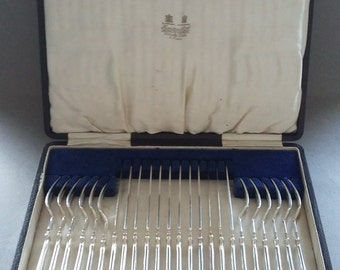 Vintage Art Deco Boxed Silver Plate Cutlery Set of Dessert Forks and Knives by Hamilton & Co Ltd Flatware