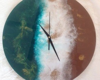 Wall Clock Round with Resin Art