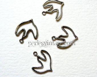 1 metal Tibetan Silver Dove charm