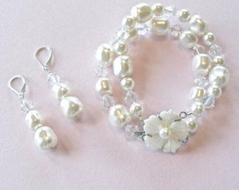 Handmade Baroque Pearl and Crystal Bracelet and Earrings Set, Bridal, Wedding (Pearl-499)