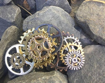 Steampunk Cog Wheel Brooch