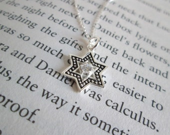 Sterling Silver Tiny Star of David Necklace - Feminine Star of David Pendent Necklace - Delicate Star of David Pendent Necklace