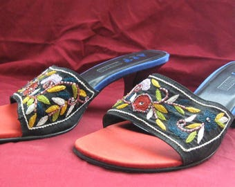 Art Effects EMBROIDERED Beaded Leather Open Toed Mules/Slides Size 8 1/2