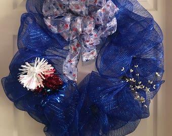 Patriotic wire mesh wreath