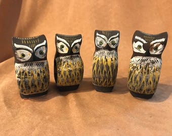 Set of 4 Handpainted Owl Napkin Rings