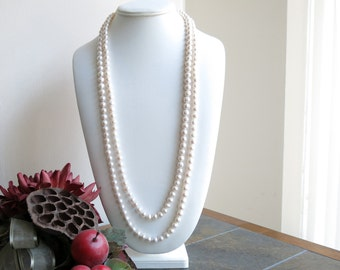 Knotted  white freshwater pearl necklace