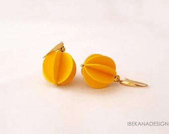 "MOD. 01 ""Yellow spherical Pendant"""
