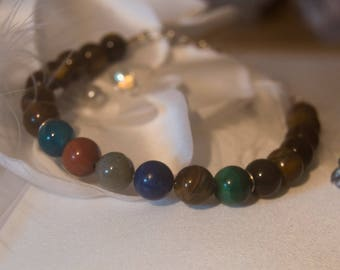 Bracelet in natural stones / minerals / chakras