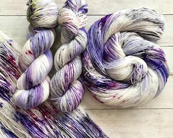 "Hand Dyed Yarn, Speckled, ""Magic Dance"", SW Merino, Merino Silk, Merino Nylon, Sock Yarn, DK Yarn, Worsted weight"