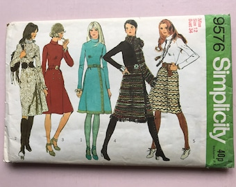 Simplicity 9576 Retro Vintage 1970's Wrap-Front Dress & Scarf, Winter, Warm, Roll-Neck, Fringed, Jumper, Sewing Pattern Size 12 Bust 34""