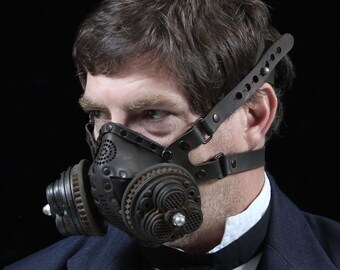 Tricanster Steampunk Gas Mask Respirator in black iron colors