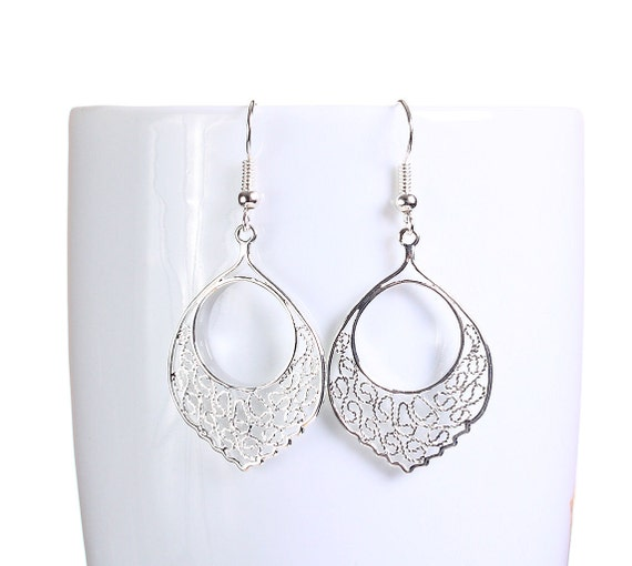 Silver plated filigree dangle earrings (789)