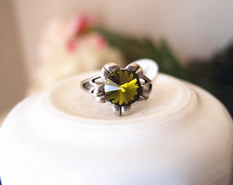Swarovski Forest green flower Ring-adjustable-steampunk-Victorian-edgy chic- statement-armor ring V073