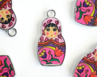 Nesting Doll Charms, Matryoshka Pendants, Russian Doll Charms, Pink Enamel Resin - 2 pieces (280)