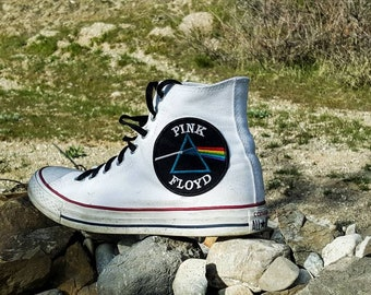 Custom pink Floyd Converse