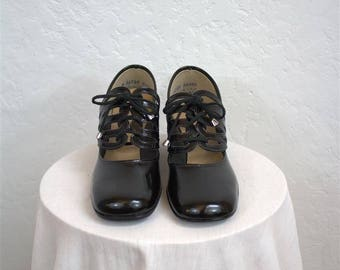 "On Sale! 1960's ""Side Shows"" Women's Black Lace Up Mary Jane Heels / Deadstock /  Size: 6 1/2"""