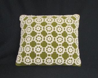 Vintage 70s Green Velvet Square Pillow w/Off-White Crochet Cover
